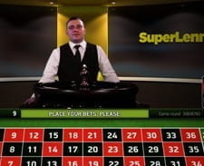 Live roulette being played at the SuperLenny casino.