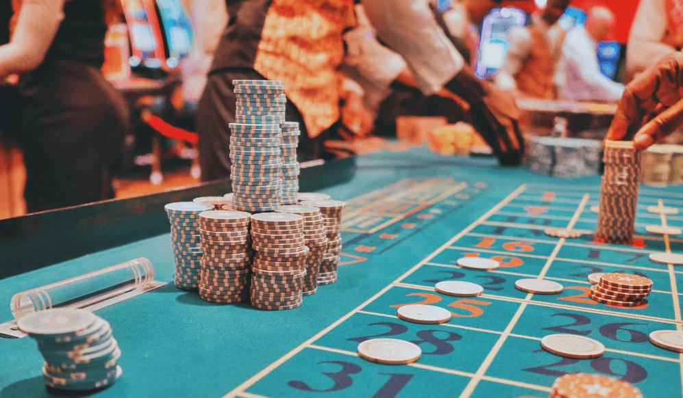 live-casino-playtech.png