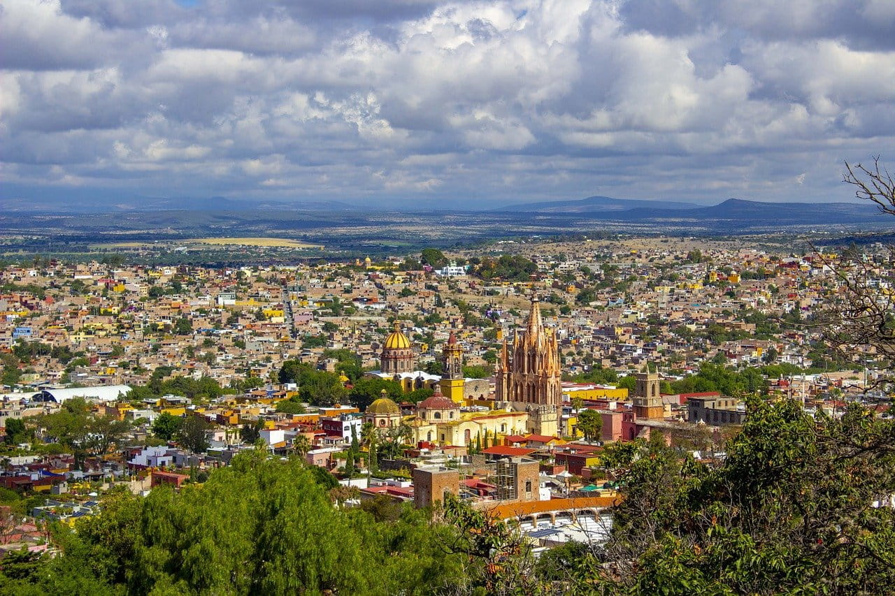 Pemandangan kota di Meksiko.