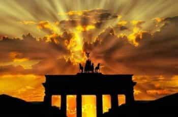 Sunset at Brandenburger Tor in Berlin.