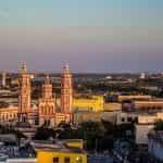 Matahari terbenam di Barranquilla, Kolombia.