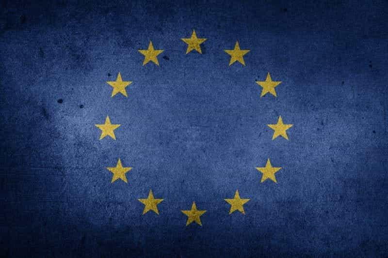 Bendera Uni Eropa (UE) yang terkenal di dunia.