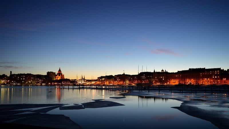 Ibu kota Finlandia, Helsinki selama musim dingin.