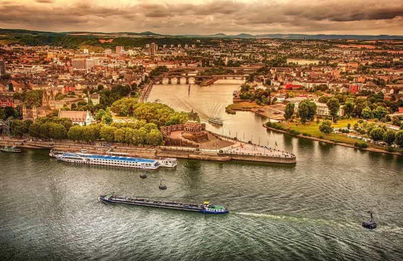 Kota Koblenz di Jerman.