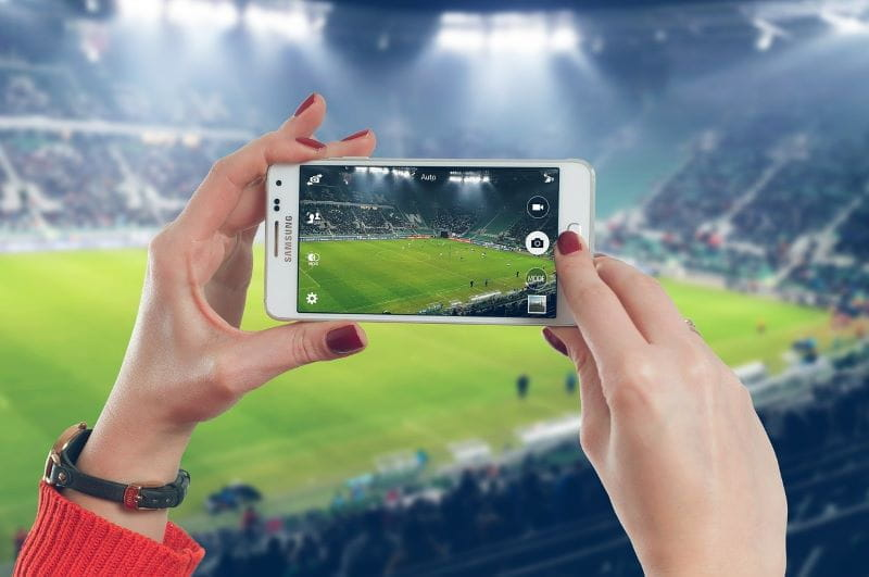 Telepon stadion sepak bola.