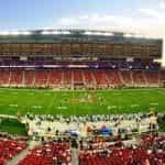 Stadion sepak bola Amerika di Santa Clara, California.