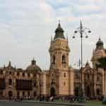 Sebuah bangunan kolonial di pusat bersejarah Lima, Peru.