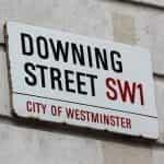 Tanda Jalan Downing di Kota Westminster.