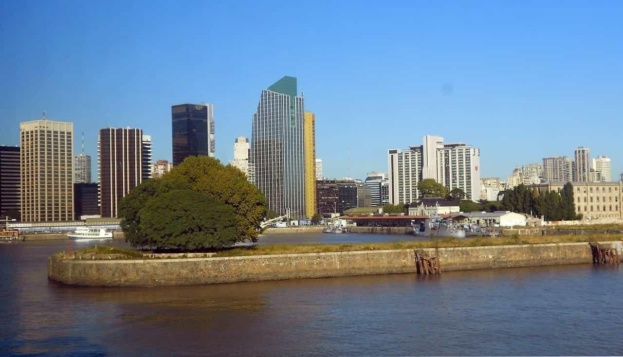 Cakrawala kota Buenos Aires.