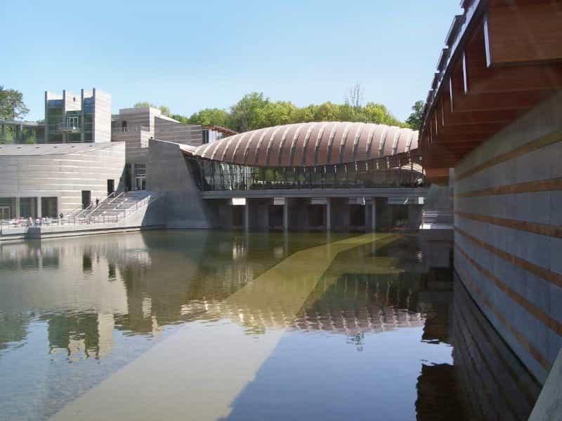 Museum Seni Jembatan Kristal di Benton, Arkansas.