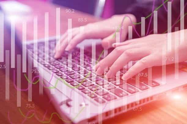Keyboard dan grafik.