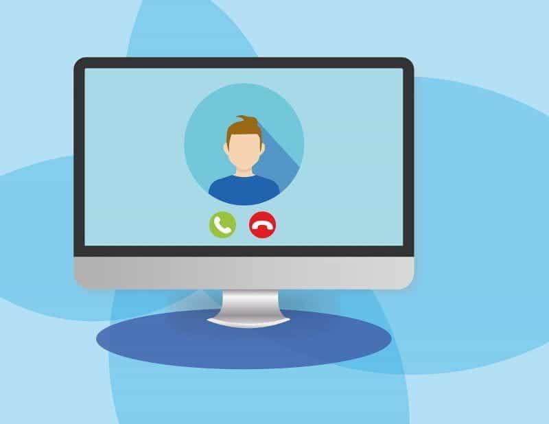 Video call masuk di komputer desktop.