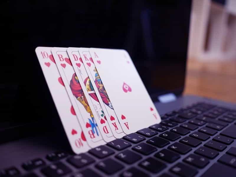Keyboard laptop poker kasino online.