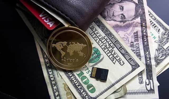 Riak koin dan dolar AS.