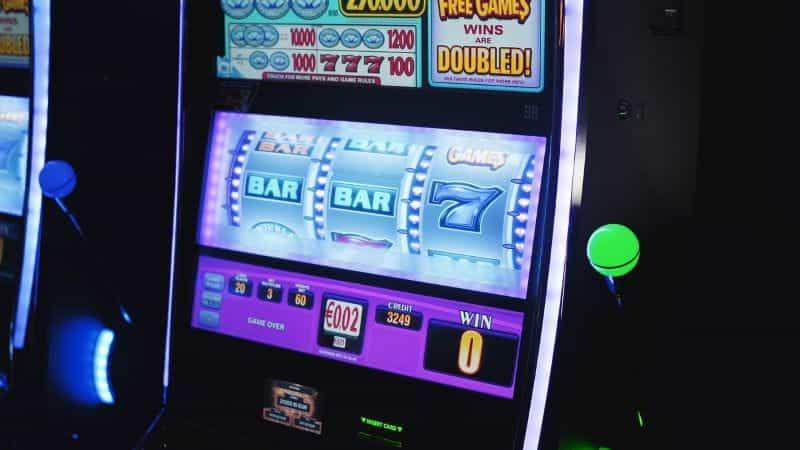 Mesin Slot Neon.