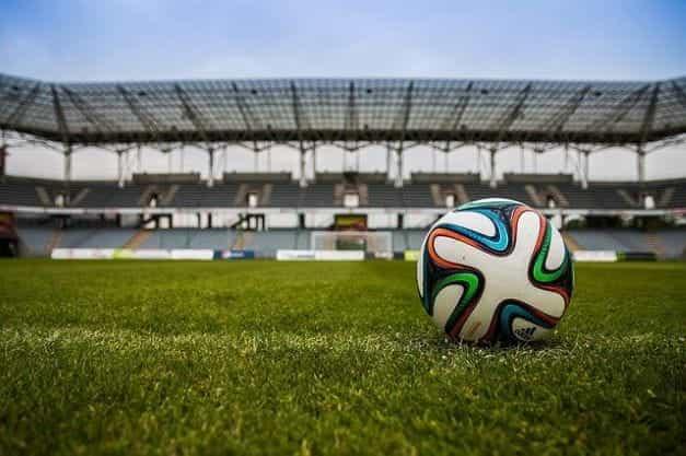 Lapangan sepak bola.