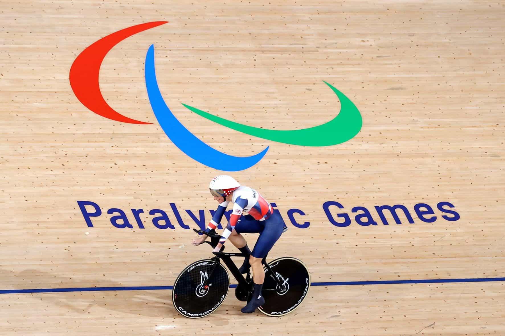 Sarah Story beraksi di Paralimpiade Tokyo.