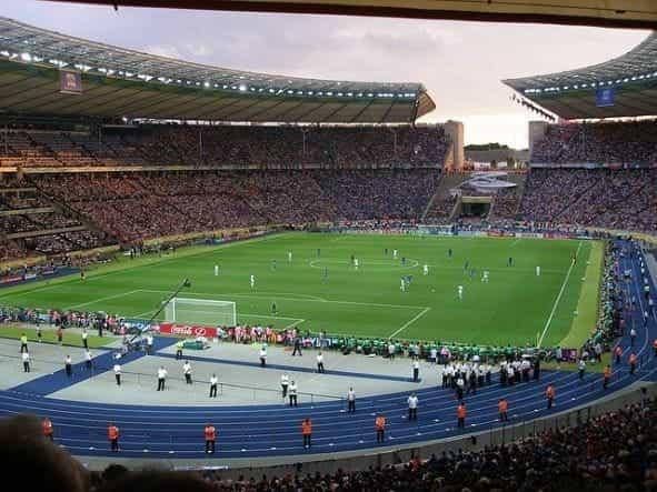 Stadion Sepak Bola Eropa.