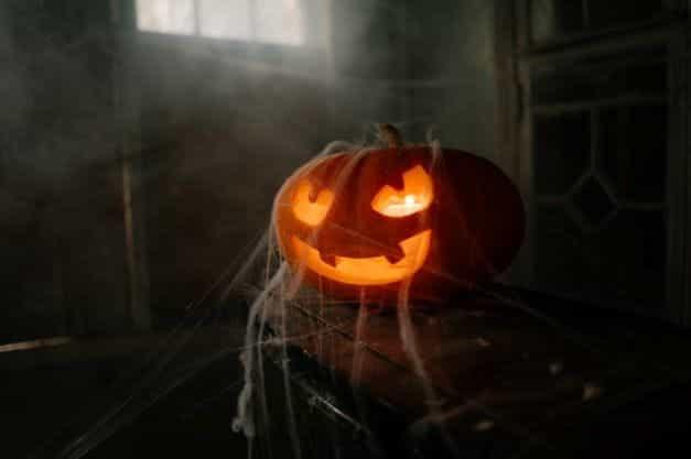 Labu Halloween Oktober yang menyeramkan.